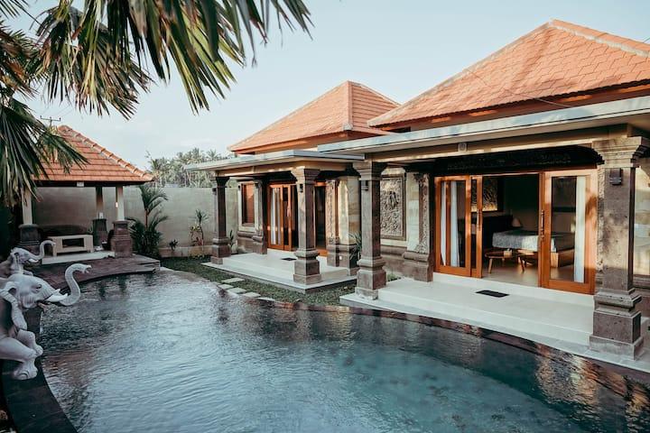 Widi Agung Villa 2 Bedroom Depan