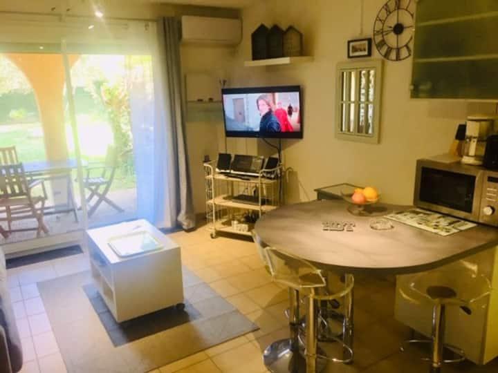 PROMO aout- Studio cab clim 27 m2 + jardin