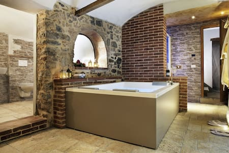 Villa Sofia with Exclusive Jacuzzi® Spa