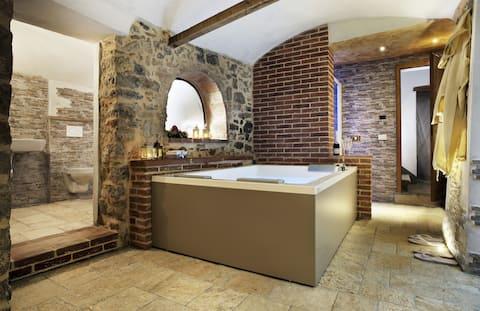 Villa Sofia with Exclusive Jacuzzi® Spa