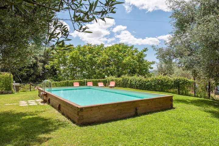 Cosy Apartment in Perugia - Tavernacce with Swimming Pool