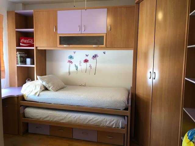 Dormitorio 3. 2 camas de 90
