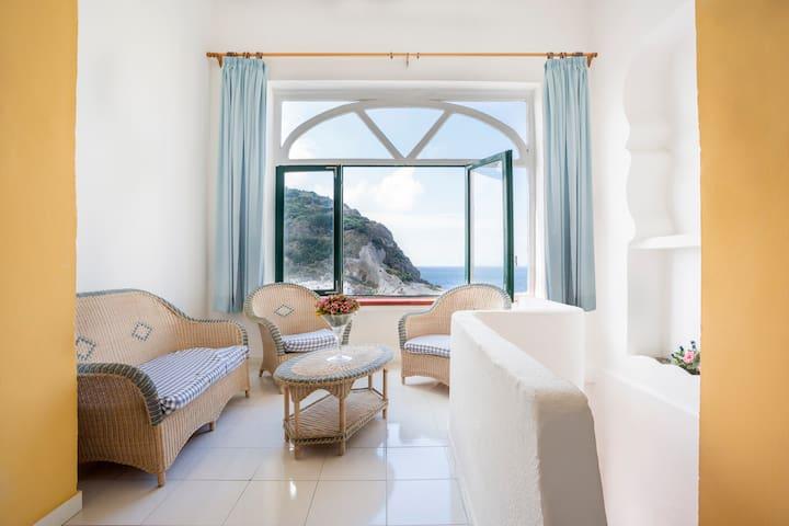 Sant'Angelo Ischia Apartments - Serrara Fontana