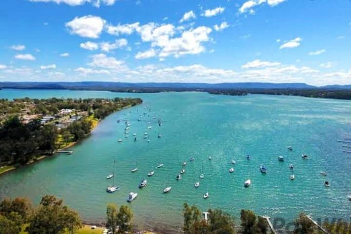 A jewel in the crown awaits you on Lake Macquarie