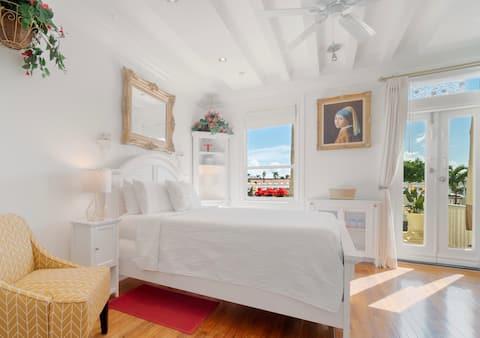 Sensational Palm Beach Island with Grand Terrace