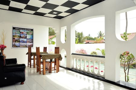 Royal Residence Negombo-(Budget Double Room) - Negombo