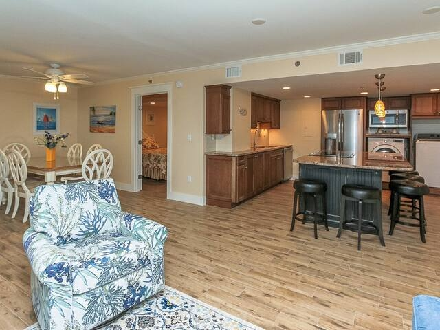 Open Floor Plan at 1406 Villamare