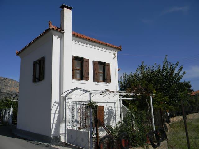 Mika's Farmhouse