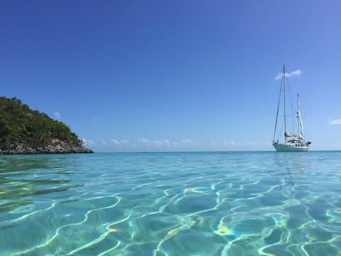 Sleep & Sail! 3 bedroom sailing yacht
