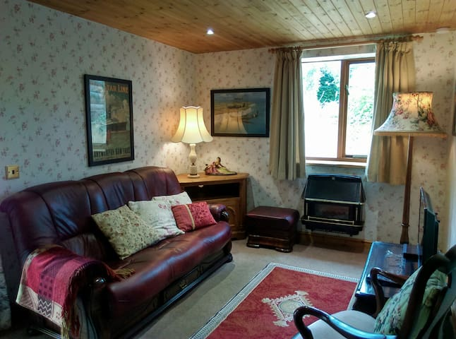 Torquay 2 Bedroom Self Catering Cottage
