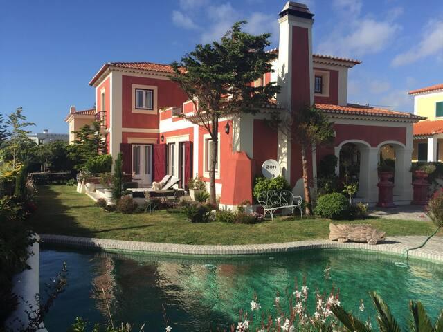 Cozy villa by the sea - Praia das Maçãs - Colares - House