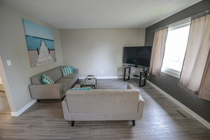 4 beds, Fully Furnished, All Amenities