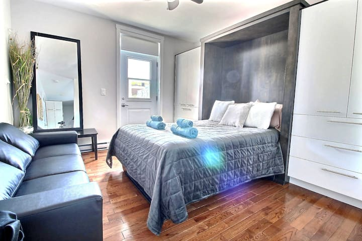 A studio in the heart of Quebec City free parking