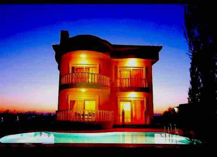 Belek Villa