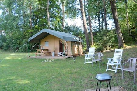 Logement insolite Safari Lodge Barret - Le Puy