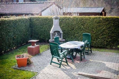 Gemütliche Wohnung in Waldnähe - Edertal - Pis