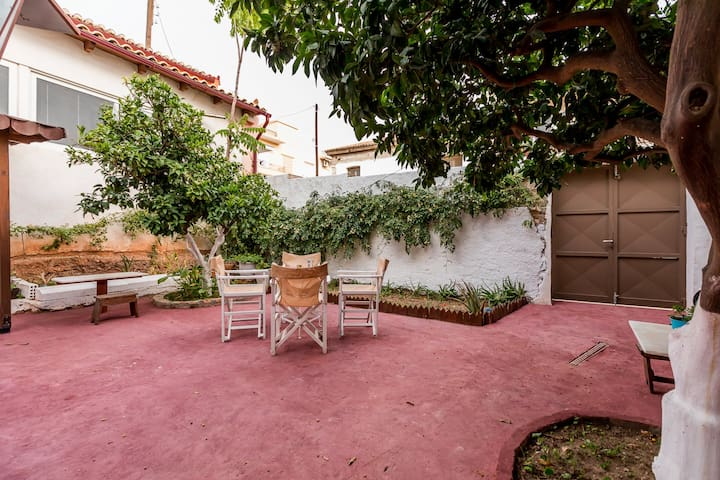 House private yard