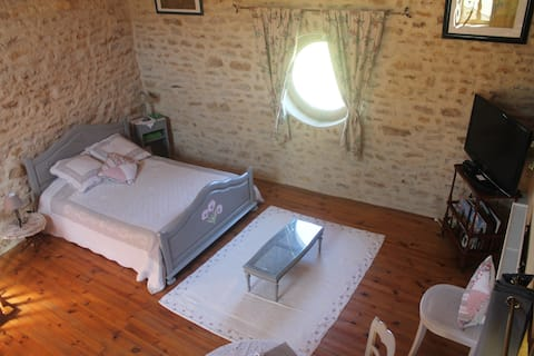 Chambre avec accès indépendant et douche, WC privé