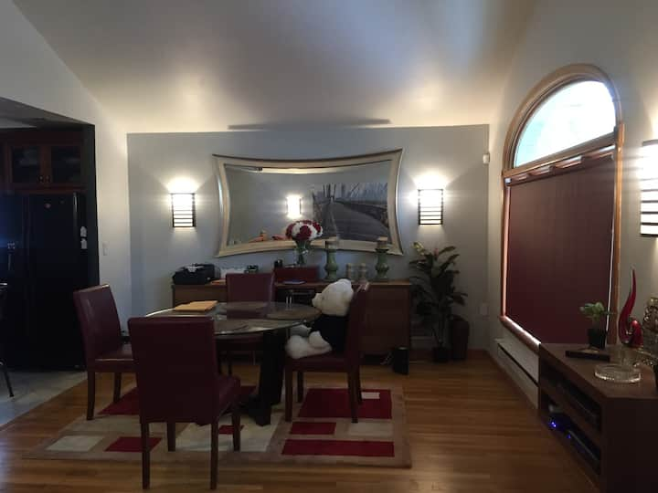luxury, location, and convenance!!(mins from JFK)