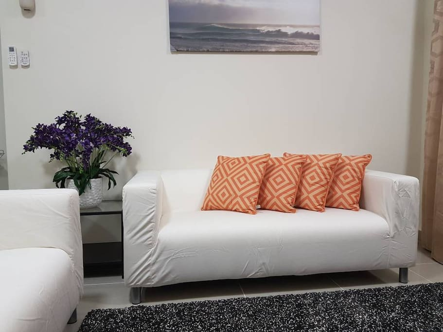 6 seated rest sofa
