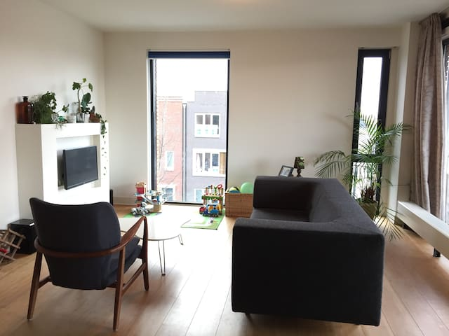 Spacious, light & family-friendly apartment - Amsterdam - Appartement