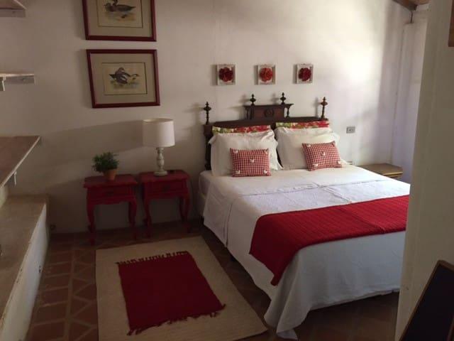 Suite quarto casal rosa