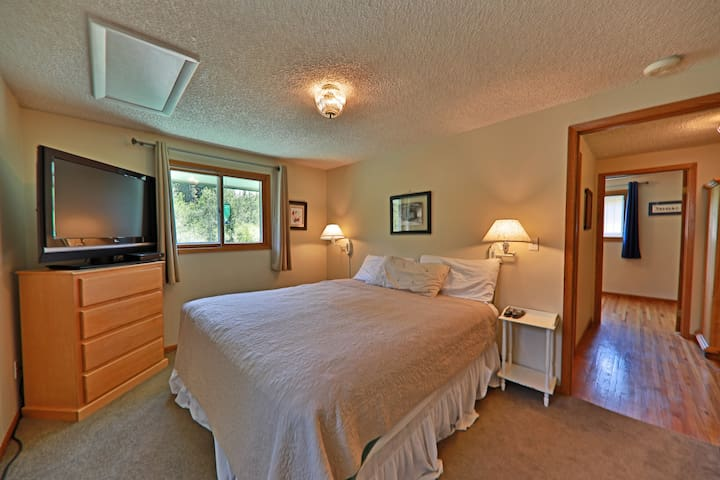 Upstairs master with King bed, TV