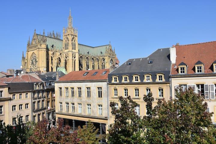 ❤Grand appartement vue cathédrale Metz