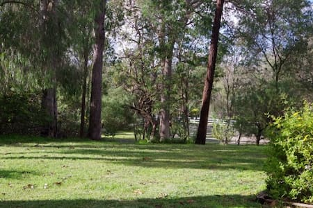 Dawesville Character cottage south of Mandurah - Dawesville - บังกะโล