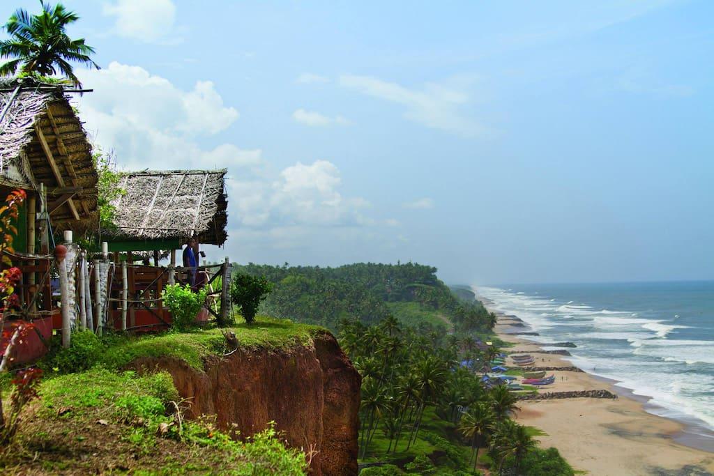 Property Edge Overlooking the Sea!