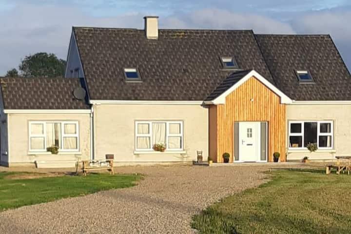 Ardfarna Lodge