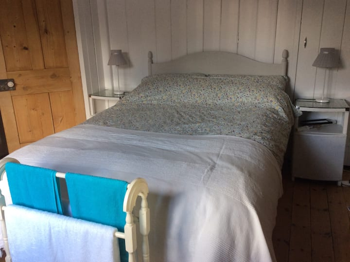 Double room in a comfortable cosy cottage