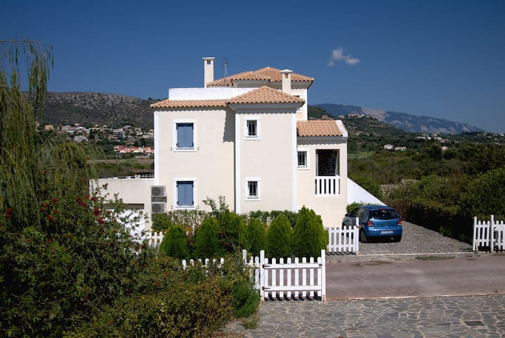 Avra countryside villa near beach/Argostoli - Minia - Vila