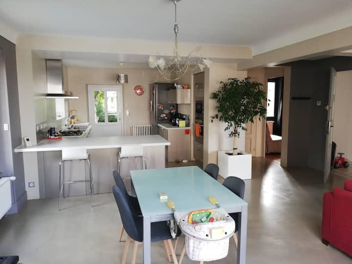 Appartement 78 m2 dans maison au calme