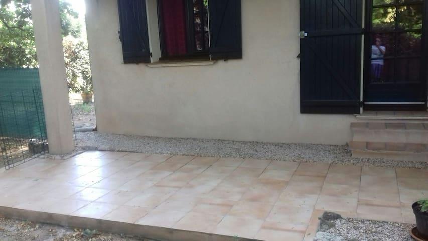 Beau studio en Provence - Vidauban - Lägenhet