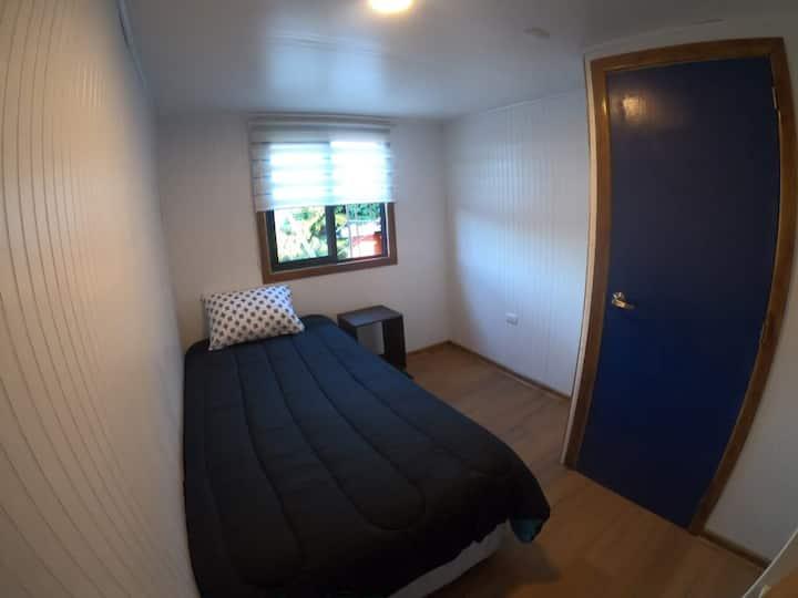 Nueva y cómoda habitación en sector Collao