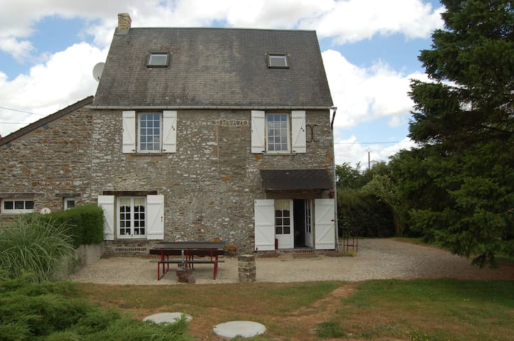 Lovely country house with cheminée - Calvados