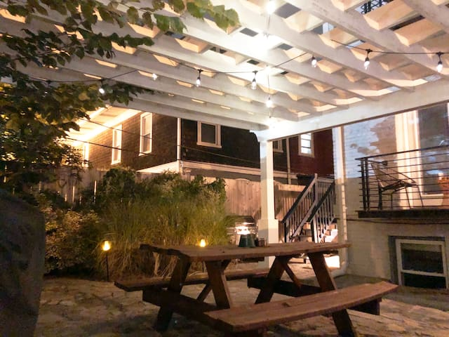 Petworth Oasis/Right By Metro Station!