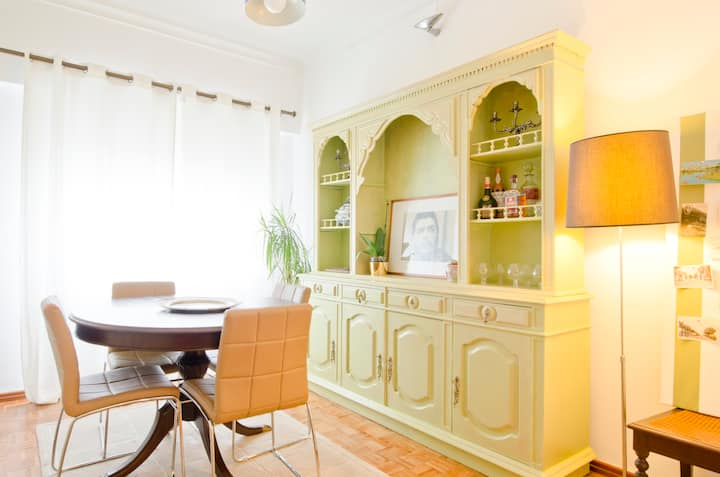 Classical Vintage Lx House