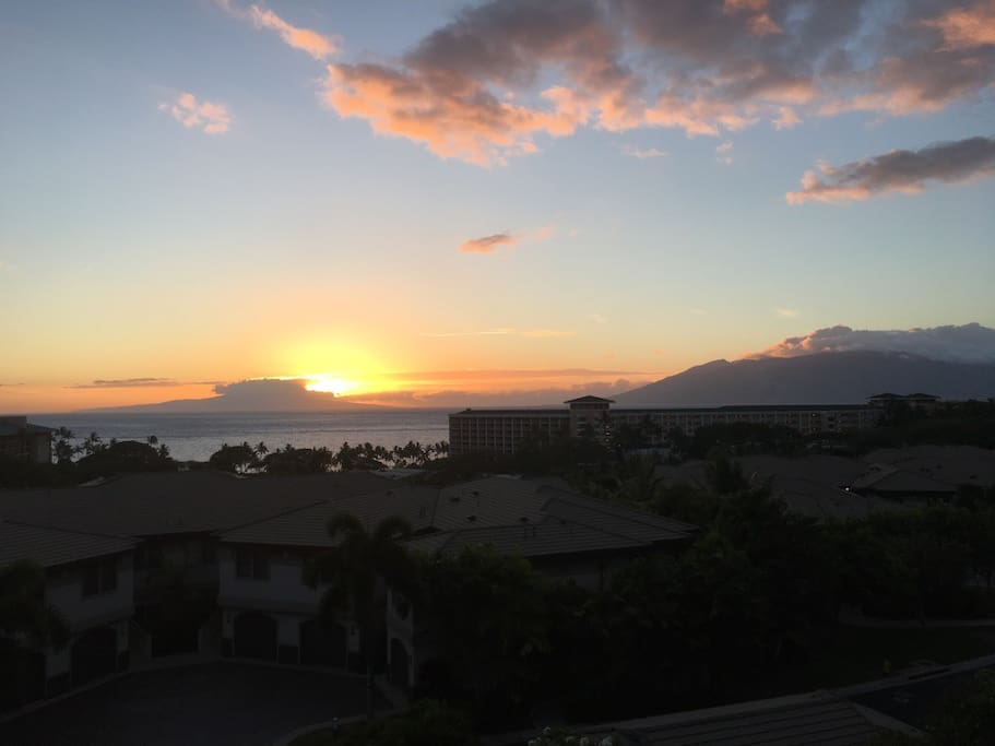 Sunset view from upper lanai