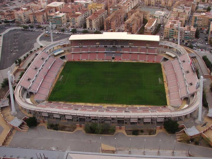 Granada: Amplio, cercano y buena zona