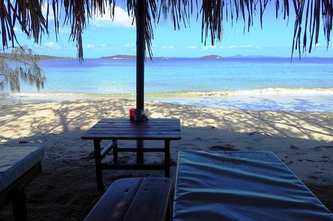 Great Keppel Island Beachside Glamping Svendsen's