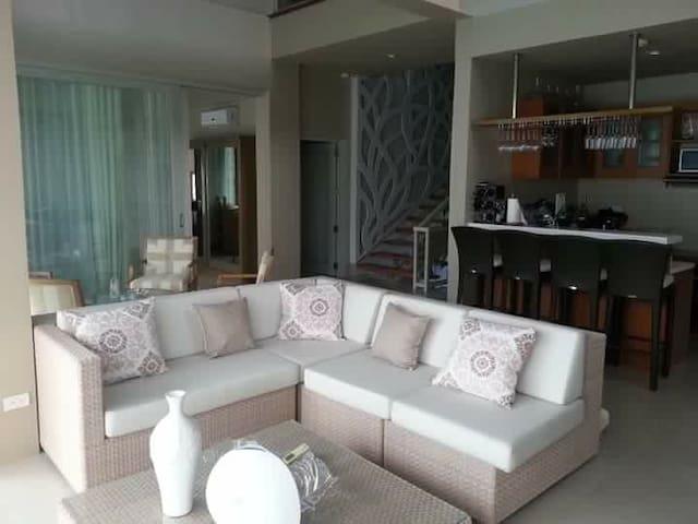 4bedroom apartment (bfast included) - Apartament