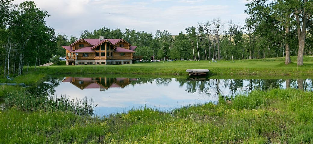Quaking Aspen Ranch - The Sandhill Crane Suite