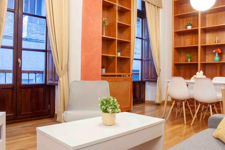 Estupendo piso a estrenar en el corazón de Granada