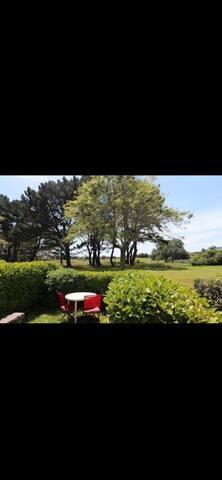 Appartement Arzon jardin calme à 100m de la plage