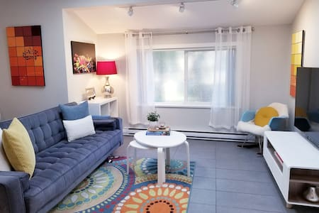 Fawn Road Carriage House ★ 2 min to beach ★