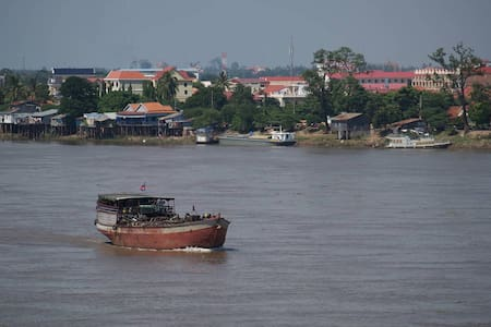 Cozy Home on the Mekong River -Live like a local. - Domek parterowy
