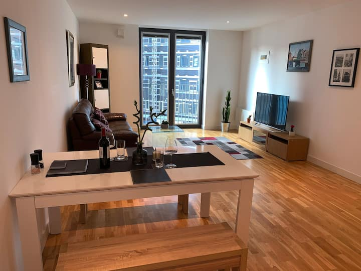 Superb Apartment 2 mins from Manchester Piccadilly