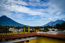 You will have a beautiful view of the volcano of water, fire and acatenango